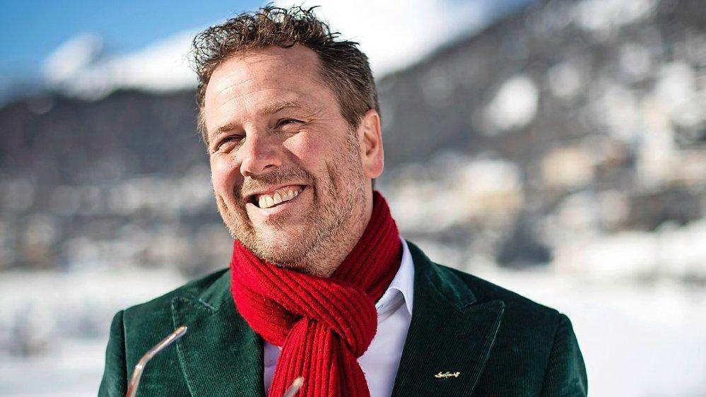L'élection du Zurichois Christian Jott Jenny avait fait sensation en octobre  dans la station grisonne de Saint-Moritz.