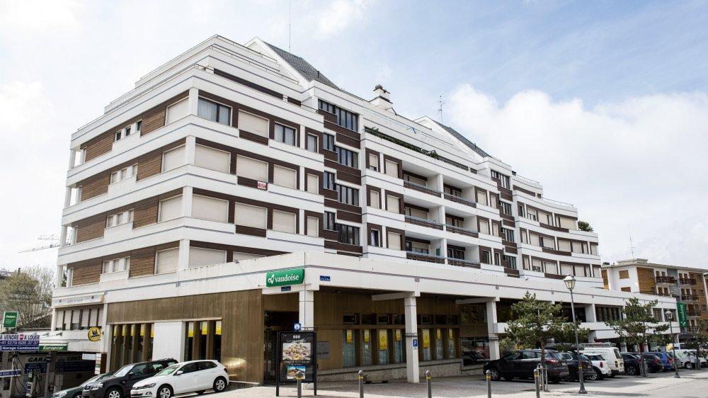 Le Continental fait face à la parcelle où Radovan Vitek projette un complexe hôtelier à 200 millions.