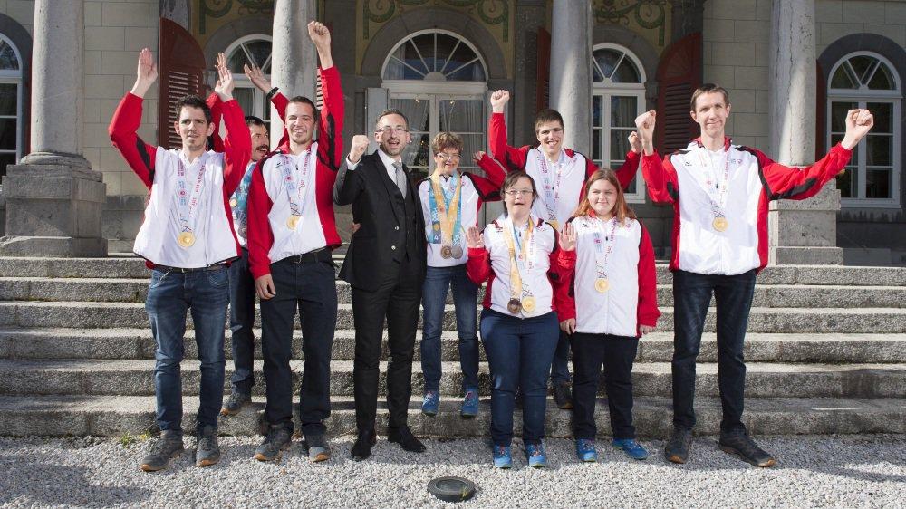 Le Conseiller d'Etat Frédéric Favre a adressé ses félicitations aux sportifs.