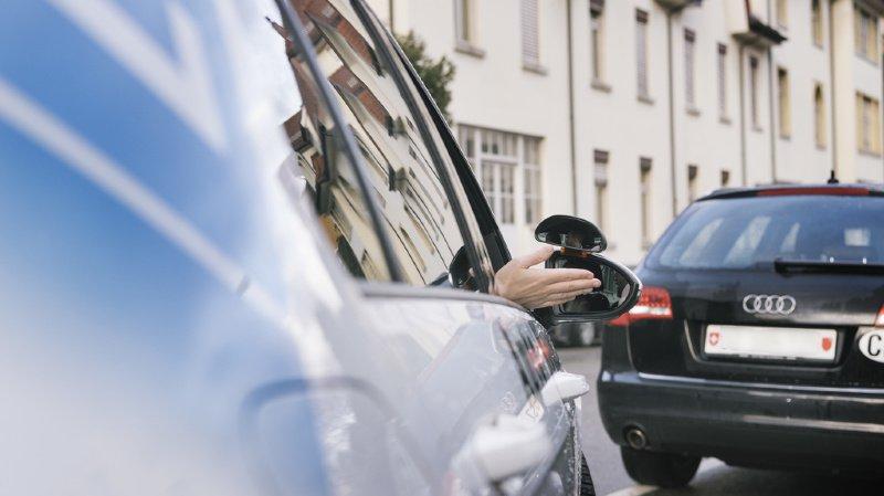 Sécurité routière: les automobilistes préfèrent ignorer leur système d'aide au stationnement