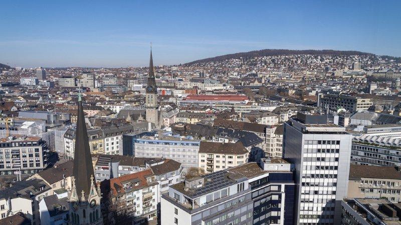 En 2018, le PS, les Verts et les petits partis de gauche occupaient plus de 70% des sièges dans les six villes suisses de plus de 100'000 habitants, notamment Zurich. (Illustration)