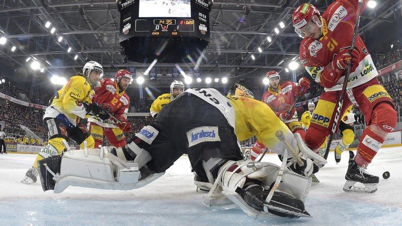 Hockey sur glace: Leonardo Genoni maintient le CP Berne en vie