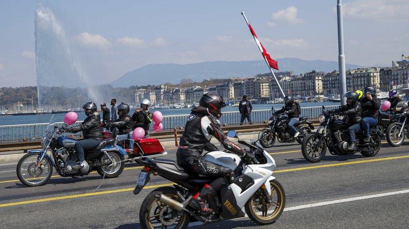 Il y avait des motos de toutes les tailles, allant du simple scooter au drugster, en passant par le quad et le side-car.