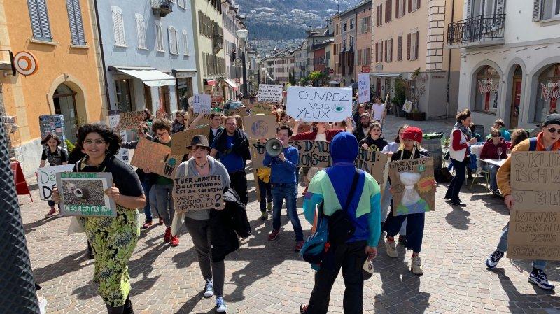 La marche pour le climat n'a pas drainé la grande foule ce samedi à Sion