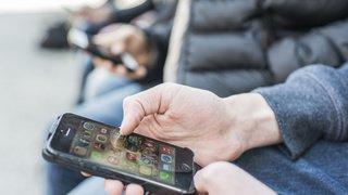 Suisse: les 12-19 ans consomment l'information essentiellement sur le Web