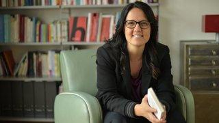 Caroline Dayer, la Valaisanne qui décrypte les violences sexistes avec ses lunettes universitaires