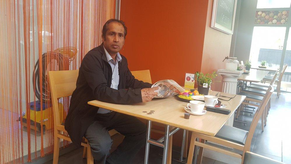 Du Valais où il vit depuis 30 ans, Atchuthar Maalmarugan suit attentivement les événements qui se passent dans son pays.