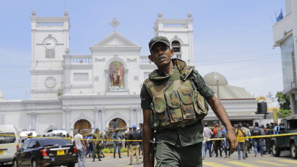 Explosions au Sri Lanka: plus de cent morts et de nombreux blessés dans des hôtels et des églises