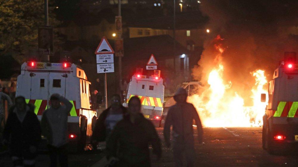 A Derry, la peur  des violences se réveille