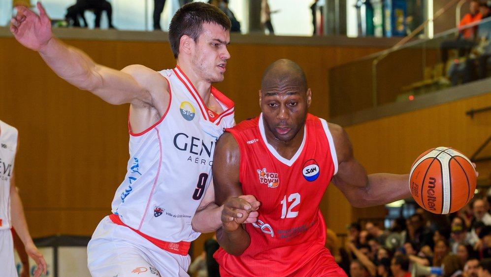 Jules Aw et Massagno ont passablement souffert lorsqu'ils ont affronté Arnaud Cotture et les Lions de Genève.