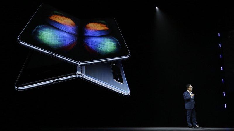 Samsung avait présenté son appareil en grande pompe lors d'un show organisé en février à San Francisco.