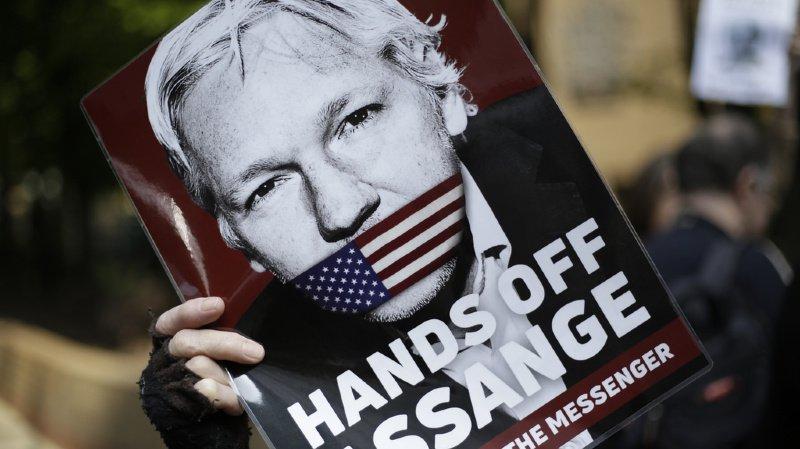 WikiLeaks: Julian Assange condamné à 50 semaines de prison