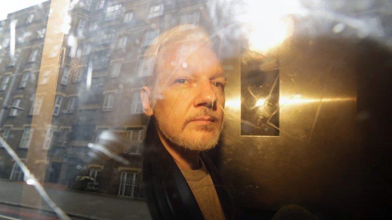 Julian Assange est actuellement emprisonné en Angleterre où il purge une peine de 50 semaines de réclusion.