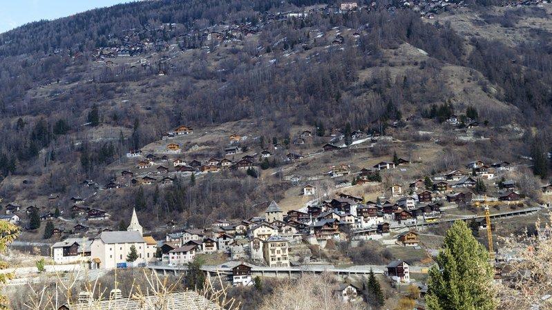 En raison de travaux d'entretien, deux routes cantonales situées sur la commune d'Anniviers sont fermées à la circulation depuis ce lundi 29 avril.