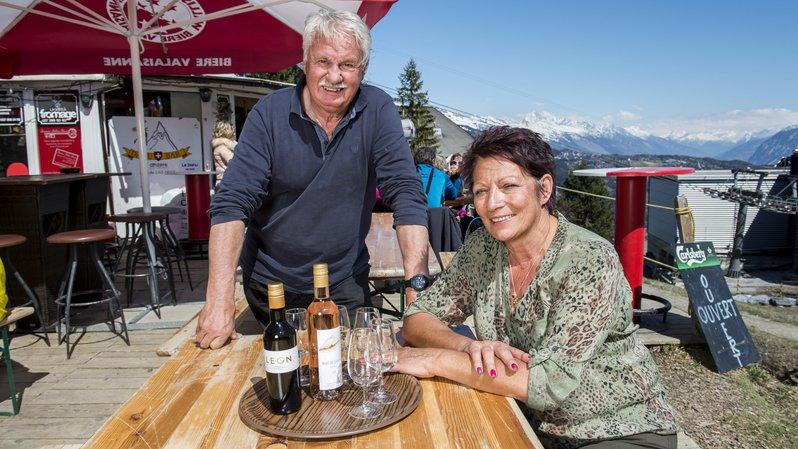 Anzère: Eliane et Serge Moos prennent leur retraite après avoir passé 40 ans à servir en station