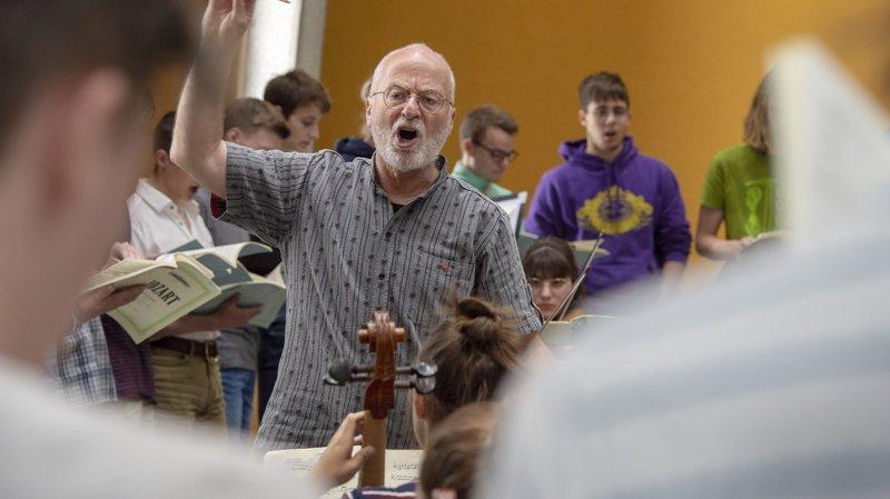 Bernard Héritier va faire ses adieux au chœur des collèges de Sion