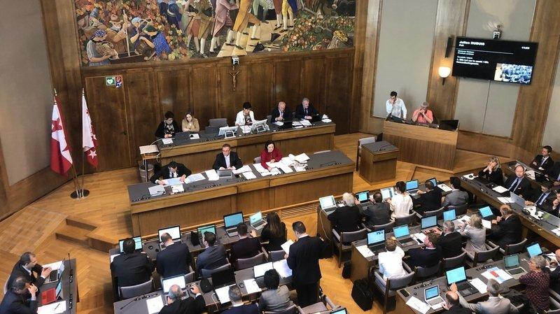 Le Grand Conseil valaisan va se pencher sur les sujets qui ont défrayé la chronique ces derniers jours.