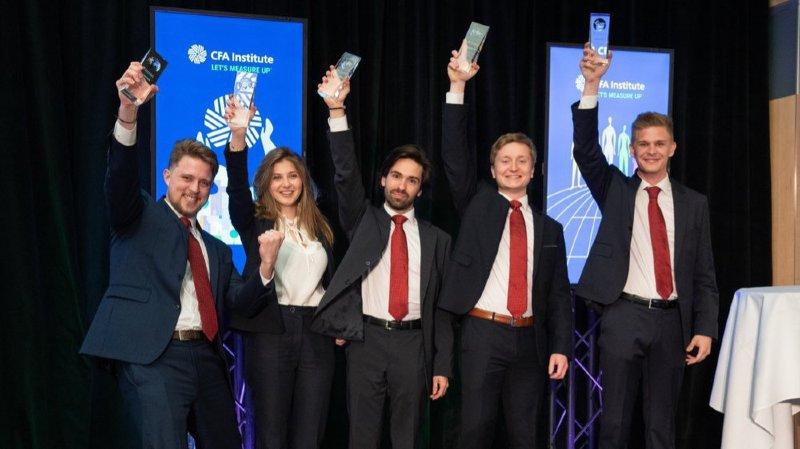 New York: un Valaisan concourt en équipe pour être champion du monde d'analyse financière