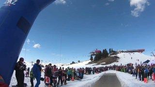Valais: un waterslide pour terminer la saison de ski à Nendaz