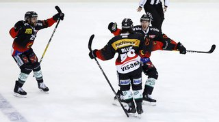 Hockey: Berne remporte l'acte V de la finale de National League face à Zoug et cueille son 16e titre national