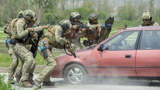 La police valaisanne s'exerce contre le terrorisme