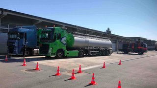Un camion plein d'acide interdit d'entrer en Suisse