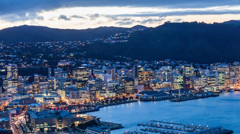 La Nouvelle-Zélande–ici Wellington, sa capitale–attire beaucoup d'étrangers. Les Suisses y sont 7000.