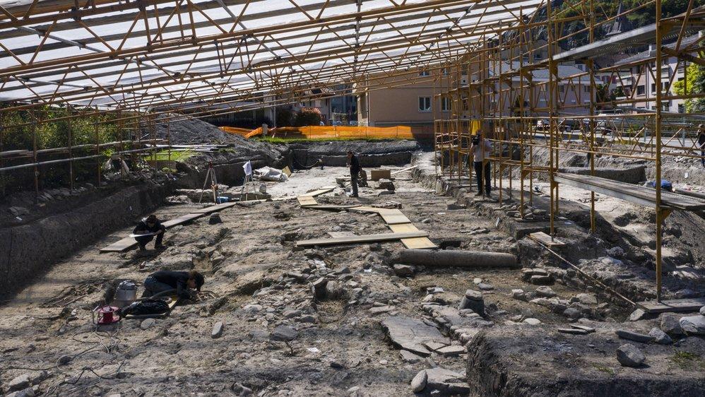 Les fouilles devraient encore se poursuivre plusieurs mois.