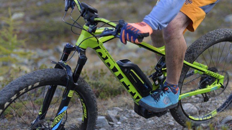 Mobilité: les ventes de e-bikes ont dépassé celles des vélos sans moteur en 2018