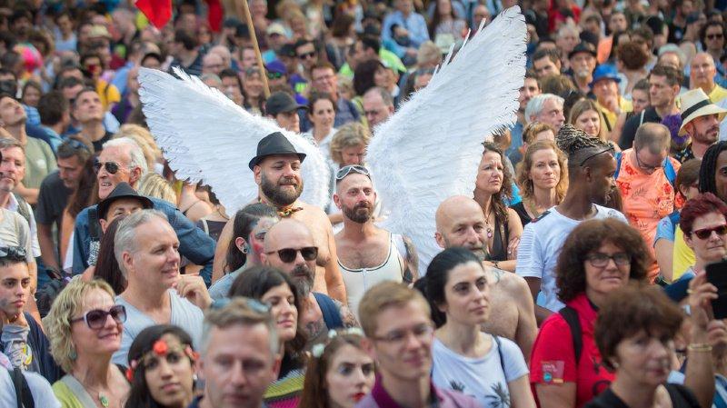 Après Genève, des motions seront donc déposées dans treize cantons parmi lesquels Vaud, Neuchâtel, Jura, Valais, Fribourg, Berne et Zurich réclamant que les polices tiennent un recensement des agressions LGBTI-phobes. (illustration)