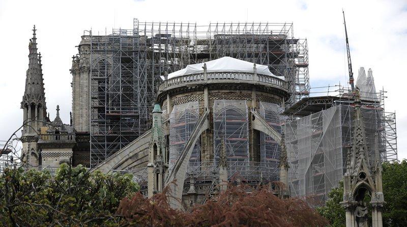 Incendie de Notre-Dame de Paris: adoption du projet de loi controversé pour la restauration