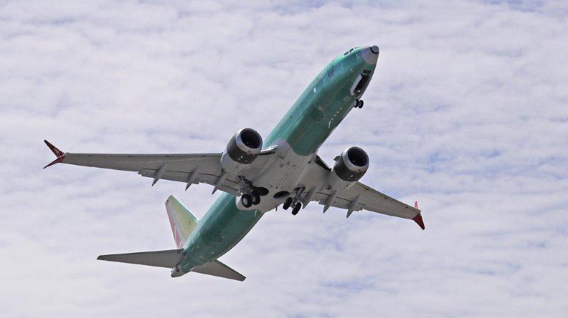 Transport aérien: le 737 MAX modifié est prêt pour la certification, selon Boeing