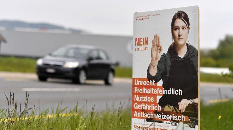 Votations fédérales: les Suisses se prononcent sur le projet fiscal et les armes