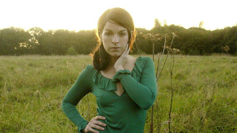 """La country girl californienne Jesca Hoop, l'une des artistes qui animera la """"Spaziergäng"""" du Palp festival ce samedi."""