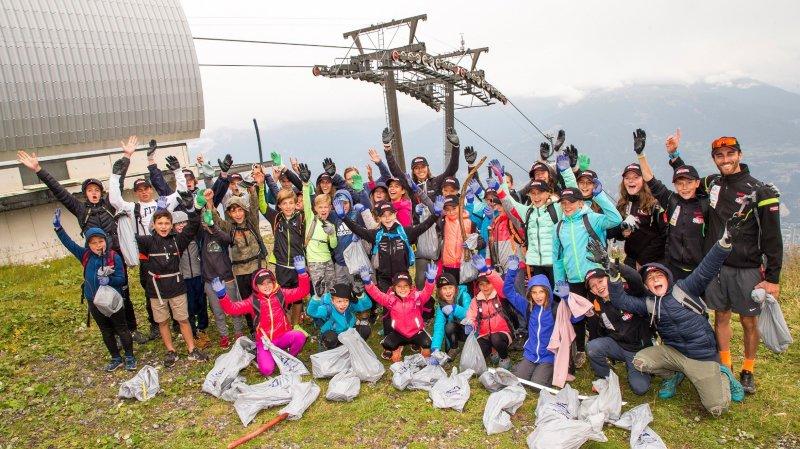 Les athlètes de Ski Valais avaient récolé 5'000 litres de déchets l'an passé.