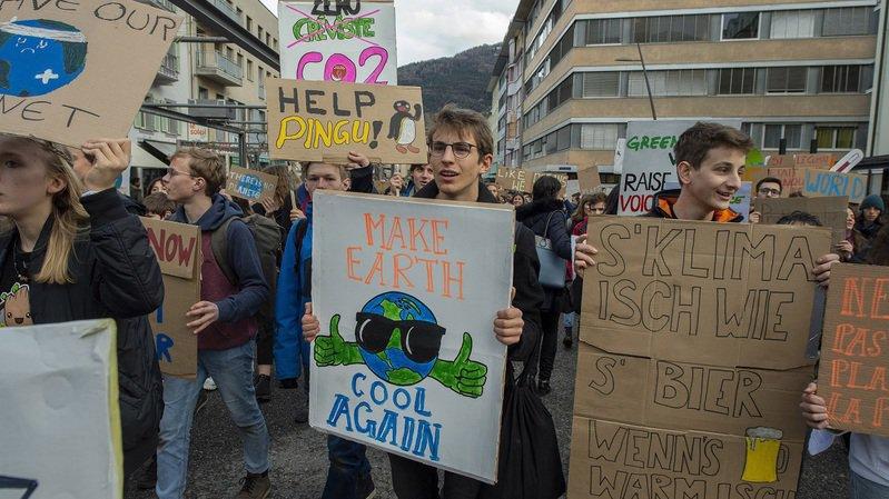 Climat: appel à la grève étudiante en Valais malgré les sanctions promises par le département