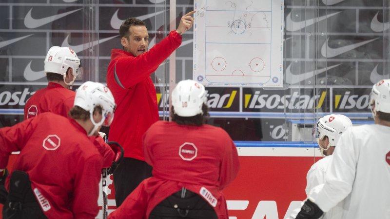 La Suisse de Patrick Fischer prendra ses habitudes à Viège dès décembre 2019 dans le cadre d'un nouveau tournoi.