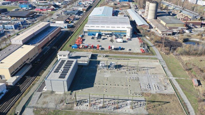 Le nouveau poste de transformation des Vorziers, à Martigny, a été construit à proximité de l'ancien qui était équipé d'installations extérieures.
