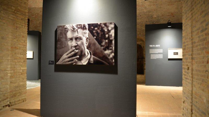 L'exposition de David Lynch montée par la Fondation Fellini s'exporte à Rimini