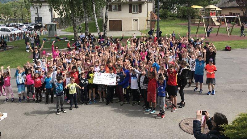 Quelque 170 écoliers ont participé à la course «Mets tes baskets et bats la maladie».