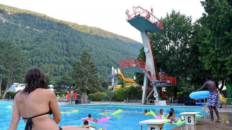 A Martigny, les amateurs de baignade pourront profiter du bassin en plein air dès samedi.