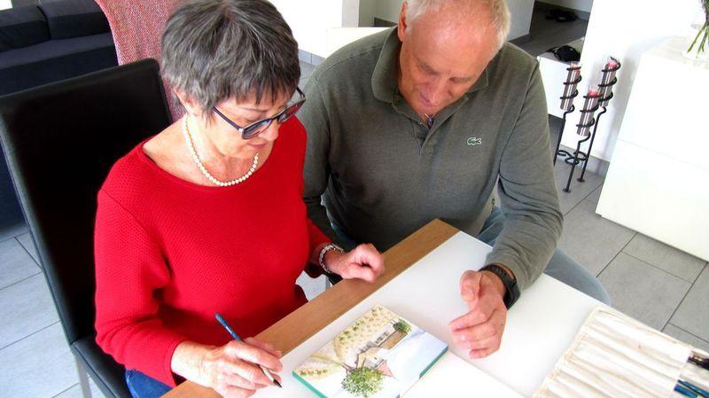 Le cours se déroule sous la conduite de l'artiste fulliérain Pierre-Alain Corthay.