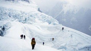 Embouteillage sur l'Everest: trois alpinistes sont morts