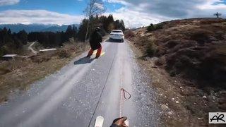 Ski à vélo 3.0: la vidéo époustouflante du Grison Andri Ragettli, pour passer de l'hiver à l'été