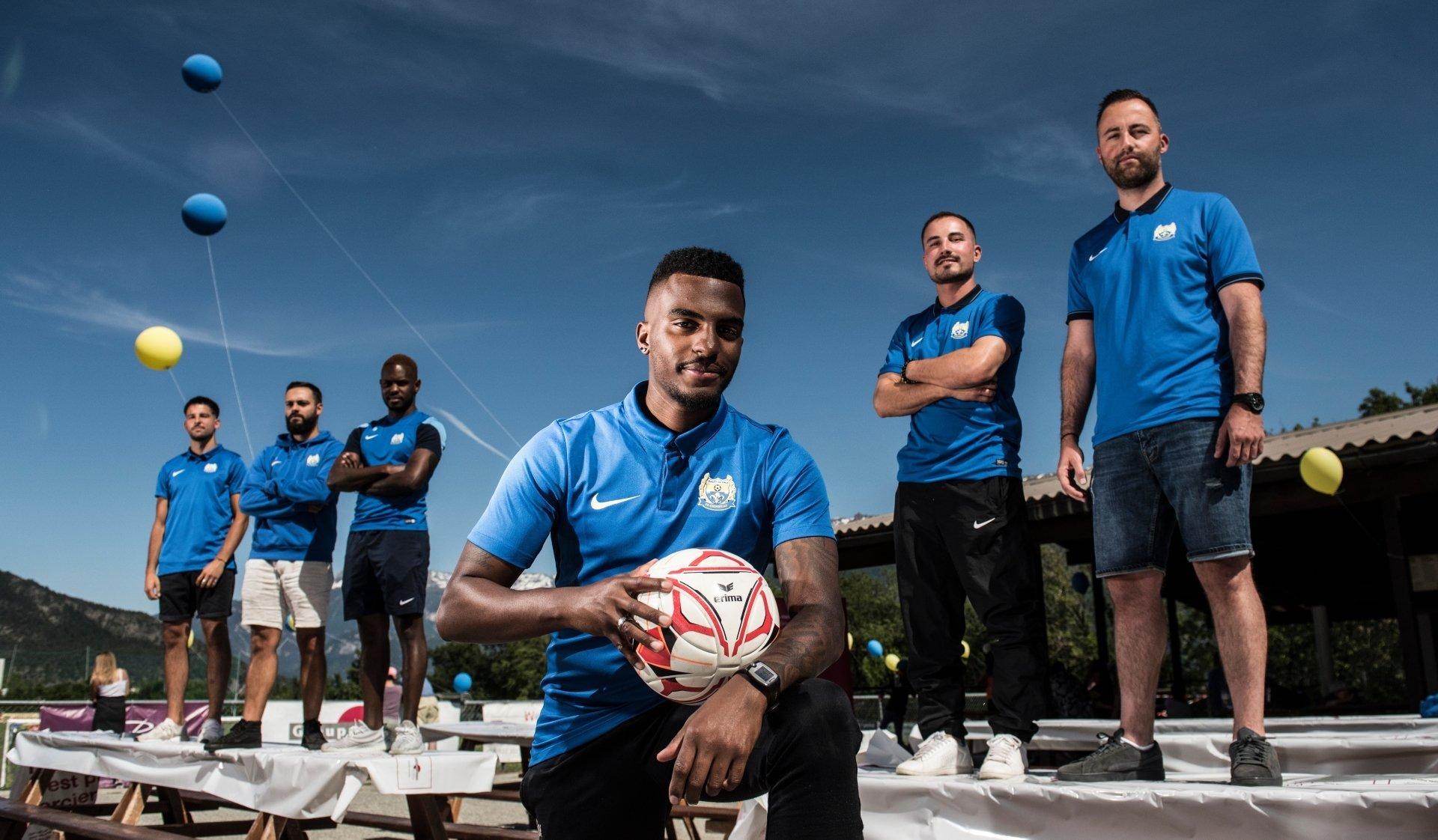 Florian Coppex, David Pralong, Emanuel Martins, Julio Martins, Sven Thierrin et Thomas Mabillard viennent de vivre trois promotions en quatre saison avec le FC Grimisuat.