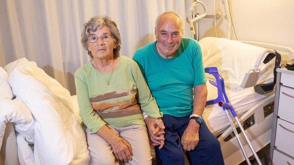 Retrouvé après avoir erré plus de trente heures dans la nature, le Grônard Philippe Huguenin nous a ouvert les portes de sa chambre d'hôpital. Lui et son épouse Denise racontent cette mésaventure dont l'heureux dénouement est le fruit d'une étroite collaboration entre la police cantonale, les médias et la population.