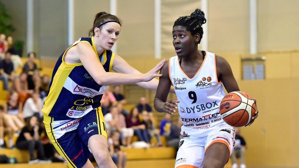 La prometteuse internationale angolaise quitte son club formateur d'Hélios Basket pour le BBC Troistorrents.