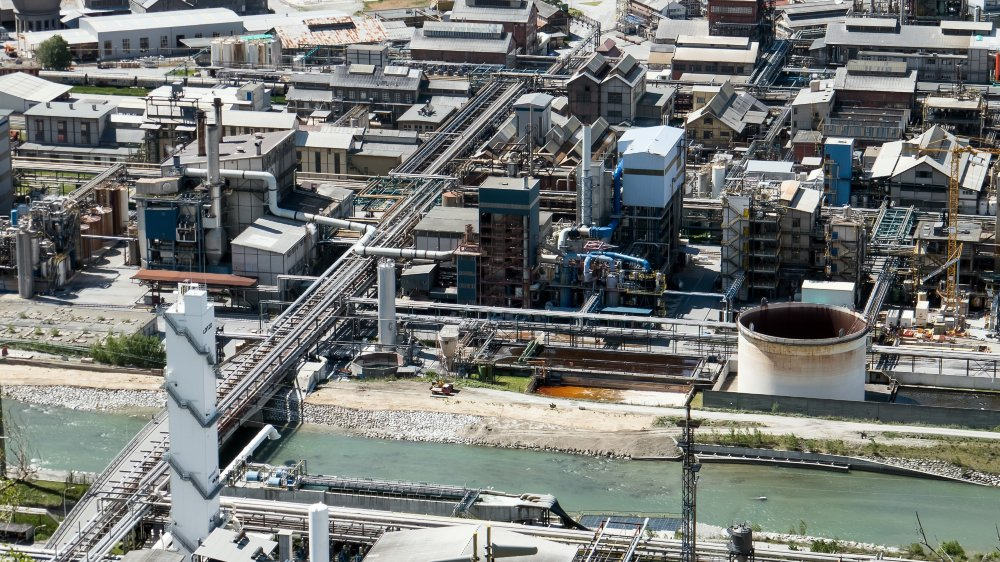 Lonza donne des réponses précises et chiffrées dans tous les domaines d'impacts environnementaux. Elle est plutôt bien notée par les experts.