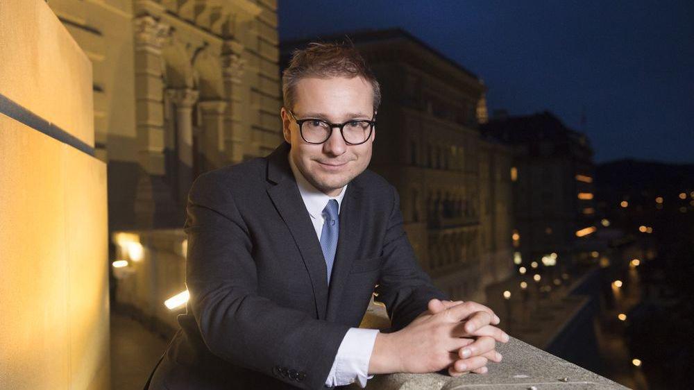 Philippe Nantermod, le conseiller national PLR brigue les deux chambres fédérales cette année.