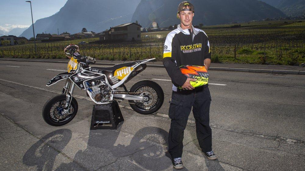 Simon Constantin vivra sa première saison parmi l'élite suisse du supermotard, entre bitume et terre.